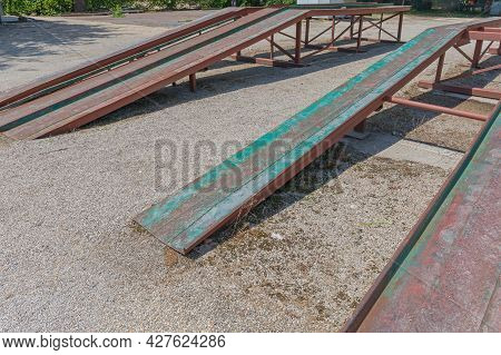 Long Metal Elevation Ramp For Big Vehicles And Trucks In Yard