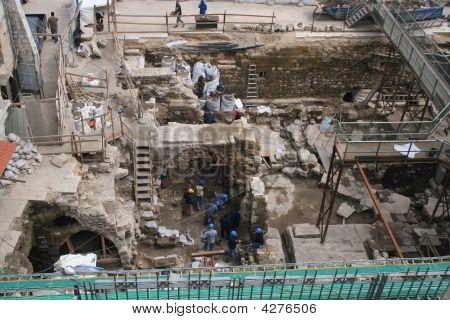 Archeoligical Dig
