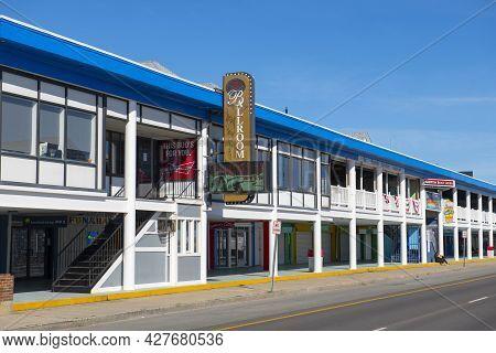 Hampton, Nh, Usa - Sep. 27, 2019: Historic Hampton Beach Casino Ballroom At The Corner Of Ocean Boul