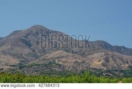 Mountain View In Santa Clara River Valley. Agricultural Area In Fillmore, Ventura County, California