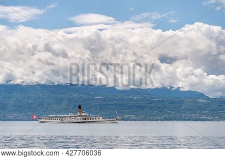 Lausanne, Vaud Canton, Switzerland - 07.07.2021: Suisse Steamboat With Passengers On Lake Geneva In
