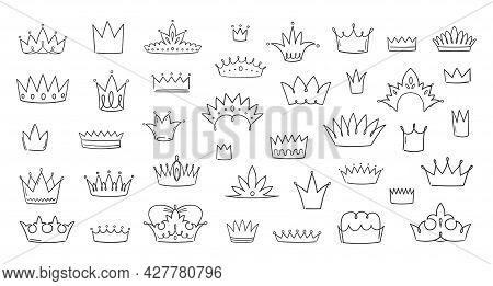 Doodle Crowns. Hand Drawn King And Queen Symbols. Urban Street Grunge Elements. Simple Tiara Sketche