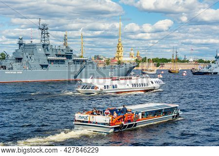 Saint Petersburg, Russia - July 2021: Boats And Ships On Neva River During Day Of Russian Navy