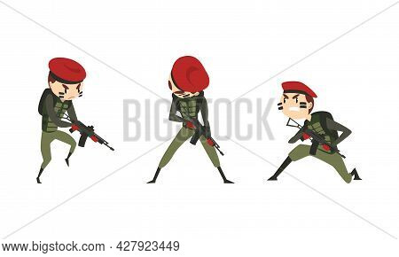 Set Of Army Soldiers, Men In Camouflage Combat Uniform And Red Beret Fighting With Gun Cartoon Vecto
