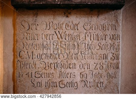 Kutna Hora, Czech Republic - October 14, 2014: Inscription On Wall In Sedlec Ossuary Kostnice , Kutn