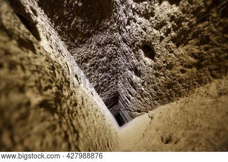 Derinkuyu Cave, Underground City, Cappadocia, Turkey, Cappadocia