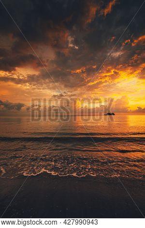 Sunrise, Sunset Over The Beach And Ocean Waves On A Tropical Sea.