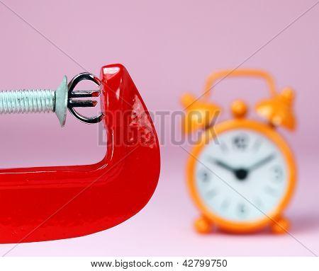 Orange Euro Pressure