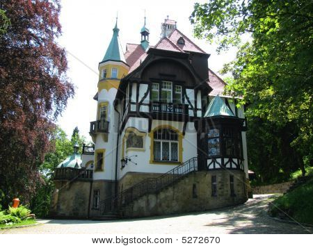 The house belonged to Adolf Hitler's wife - Eva Braun. He visited her there a few times. poster