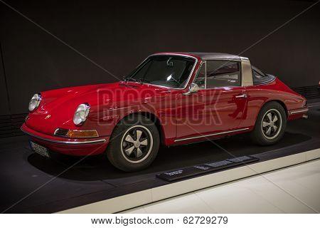 STUTTGART, GERMANY - CIRCA APRIL, 2014: Porsche Museum. PORSHE 911 2.0 Targa (1967)