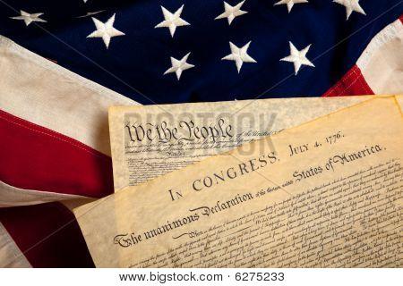 American historischen Dokumenten auf einer Flagge