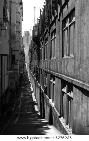 Alley in Tokyo