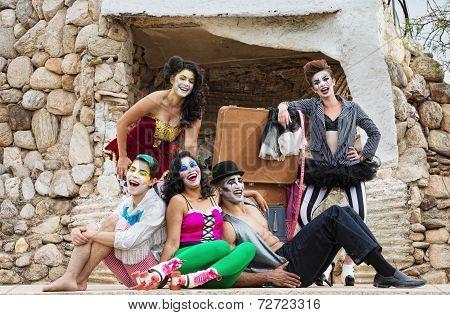 Laughing Cirque Ensemble