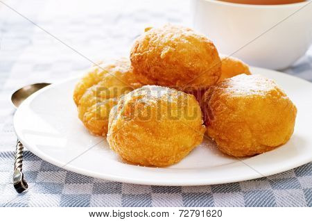 Fritter Cottage Cheese Ball