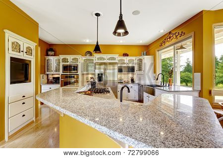 Farm House Interior. Luxury Kitchen Room With Big Island And Granite Top