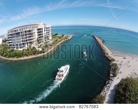 Boating On The Florida Waterways