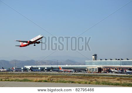 Air Berlin A-321 taking off.