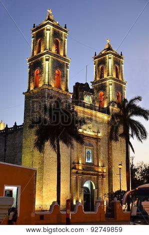 San Gervasio Valladolid Catholic Church In The Late Evening