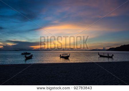 Long Tailed Boats Shadow
