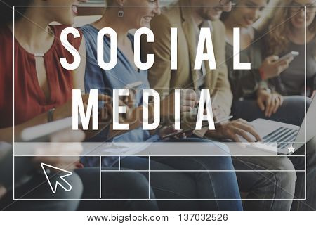 Media Social Online WEbsite Blog Concept