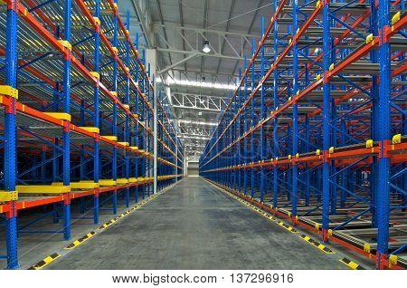 Warehouse shelving storage metal pallet racking system in warehouse