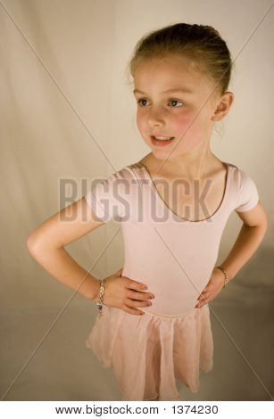 Maya Ballerina