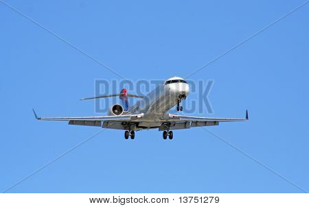A Airliner coming in on final approach to land