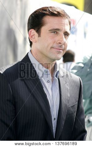 Steve Carell at the World premiere of 'Evan Almighty' held at the Universal Citywalk in Universal City, USA on June 10, 2007.