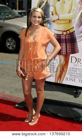 Jamie Lynn Spears at the World premiere of 'Nancy Drew' held at the Grauman's Chinese Theater in Hollywood, USA on June 9, 2007.