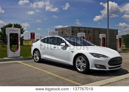 Lafayette IN - Circa July 2016: Tesla Supercharger Station. The Supercharger offers fast recharging of the Model S and Model X electric vehicles III