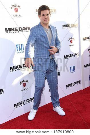 LOS ANGELES - JUN 29:  Adam Devine arrives to the
