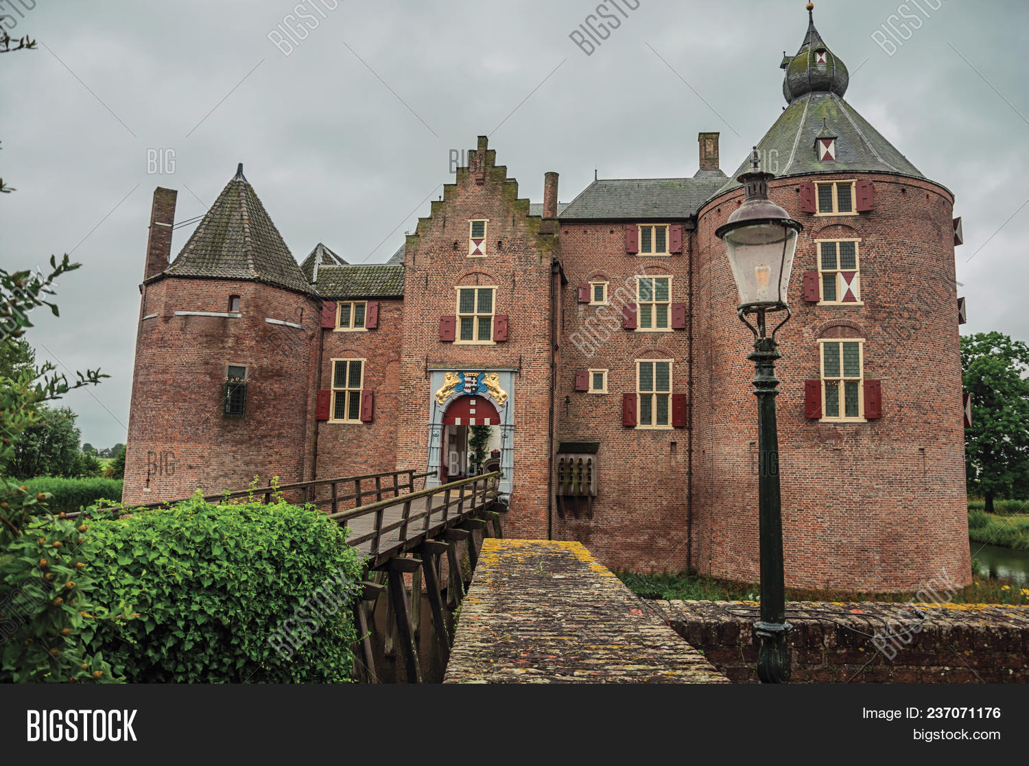 Medieval Ammersoyen Image & Photo (Free Trial) | Bigstock