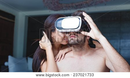 Young Naked Couple With Vr Headset, Cybersex At Home