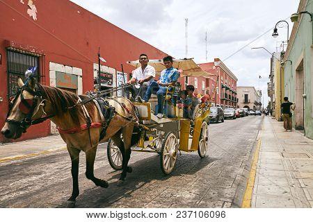 Merida / Yucatan, Mexico - May 31, 2015: Horse Carriage Service On The Street Of Merida City