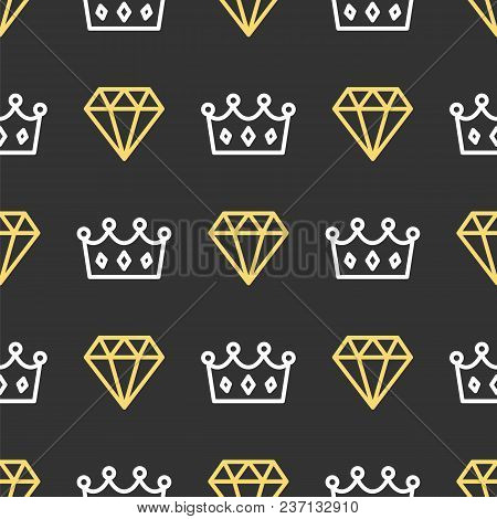 King Crown And Brilliant On Seamless Pattern Background. Royal Crown And Diamond Outline On Black Ba