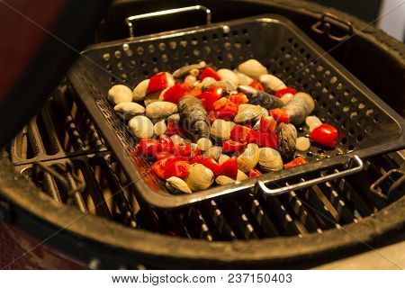 Mussels With Tomatoes Fried On The Grill, Cooking Mussels, Seafood