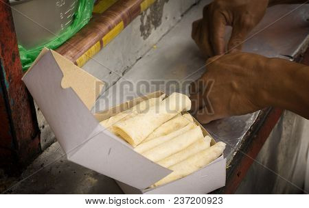 Raw Lumpia Seller Rolling And Sell Photo Taken In Indonesia Semarang Central Java