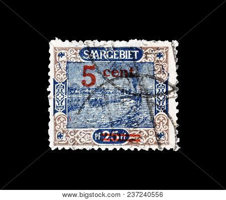 Germany - Circa 1921 : Cancelled Postage Stamp Printed By Germany, That Shows Port And Ship.
