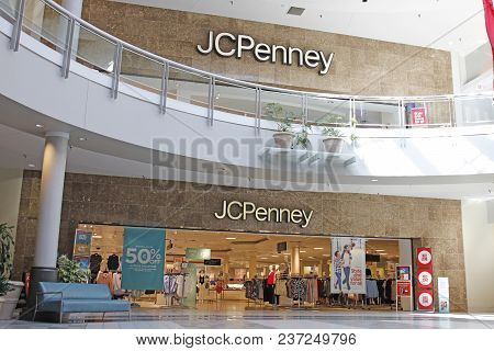 Dayton - Circa April 2018: Jc Penney Retail Mall Location. Jcp Is An Apparel And Home Furnishing Ret