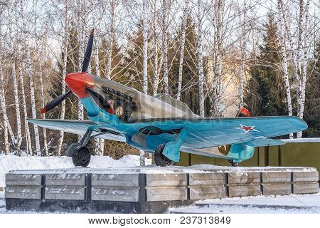 Soviet Aircraft Fighter-bomber Yak-9, From Wwii Period, Historical Military Monument In Novosibirsk.