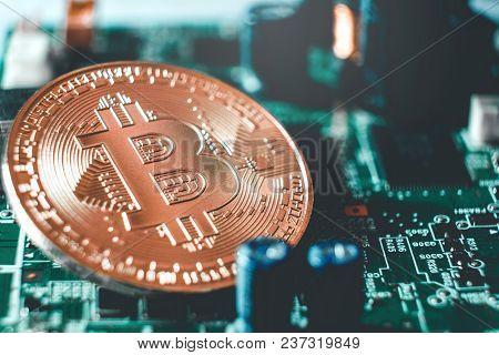 Bitcoins New Virtual Money On Circuits Concept