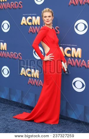 LAS VEGAS - APR 15:  Nicolle Galyon at the Academy of Country Music Awards 2018 at MGM Grand Garden Arena on April 15, 2018 in Las Vegas, NV