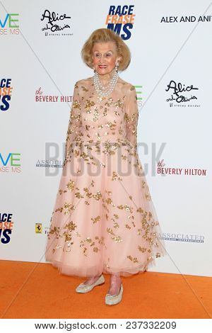 LOS ANGELES - APR 20:  Barbara Davis at the 25th Annual Race To Erase MS Gala on the Beverly Hilton Hotel on April 20, 2018 in Beverly Hills, CA
