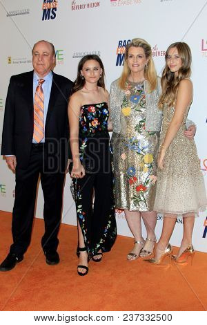 LOS ANGELES - APR 20:  Ken Riekel, Isabella Davis, Nancy Davis, Mariella Davis at the 25th Annual Race To Erase MS Gala on the Beverly Hilton Hotel on April 20, 2018 in Beverly Hills, CA