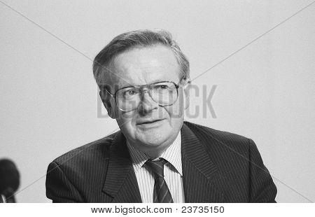 Rt.Hon. John MacGregor
