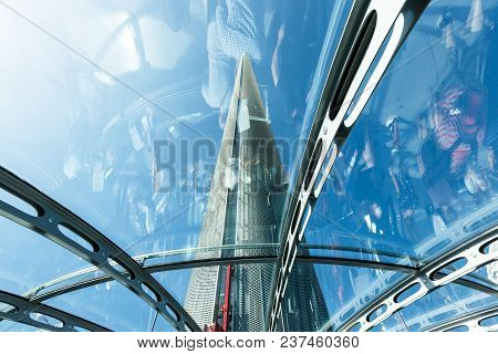 Brighton, United Kingdom - August 1, 2017: Spire Of British Airways I360 Observation Tower In Bright