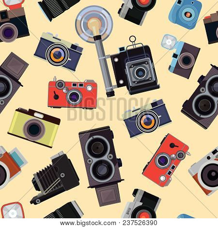 Cartoon Seamless Pattern With Illustrations Of Retro Photo Cameras. Photo Equipment With Flash Patte