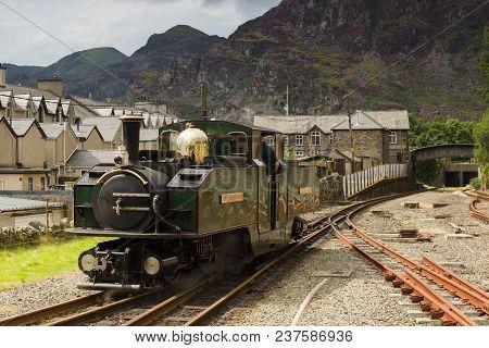 Blaenau Ffestiniog Wales Uk - August 22 2017: Narrow Gauge Double Fairlie Steam Locomotive Iarll Mei