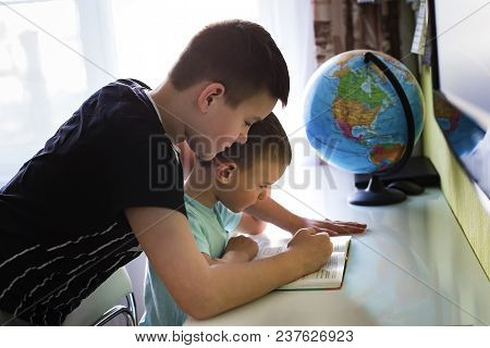 The Children Do Their Homework, Read Together