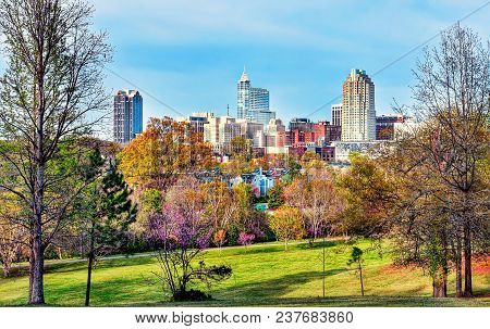 A Beautiful High Definition Cityscape View Of Downtown Raleigh, North Carolina As Viewed From A Hill